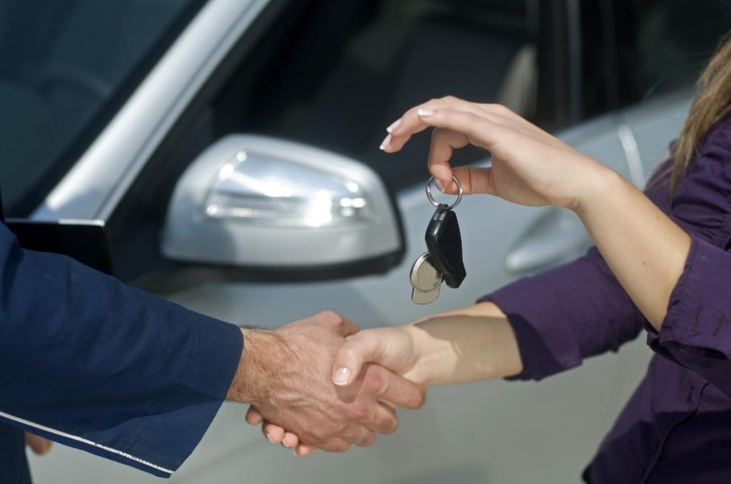 Как вернуть физическому лицу-продавцу купленный автомобиль?
