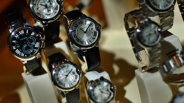 Обратно часы ли можно сдать золотые срочно часы заложить