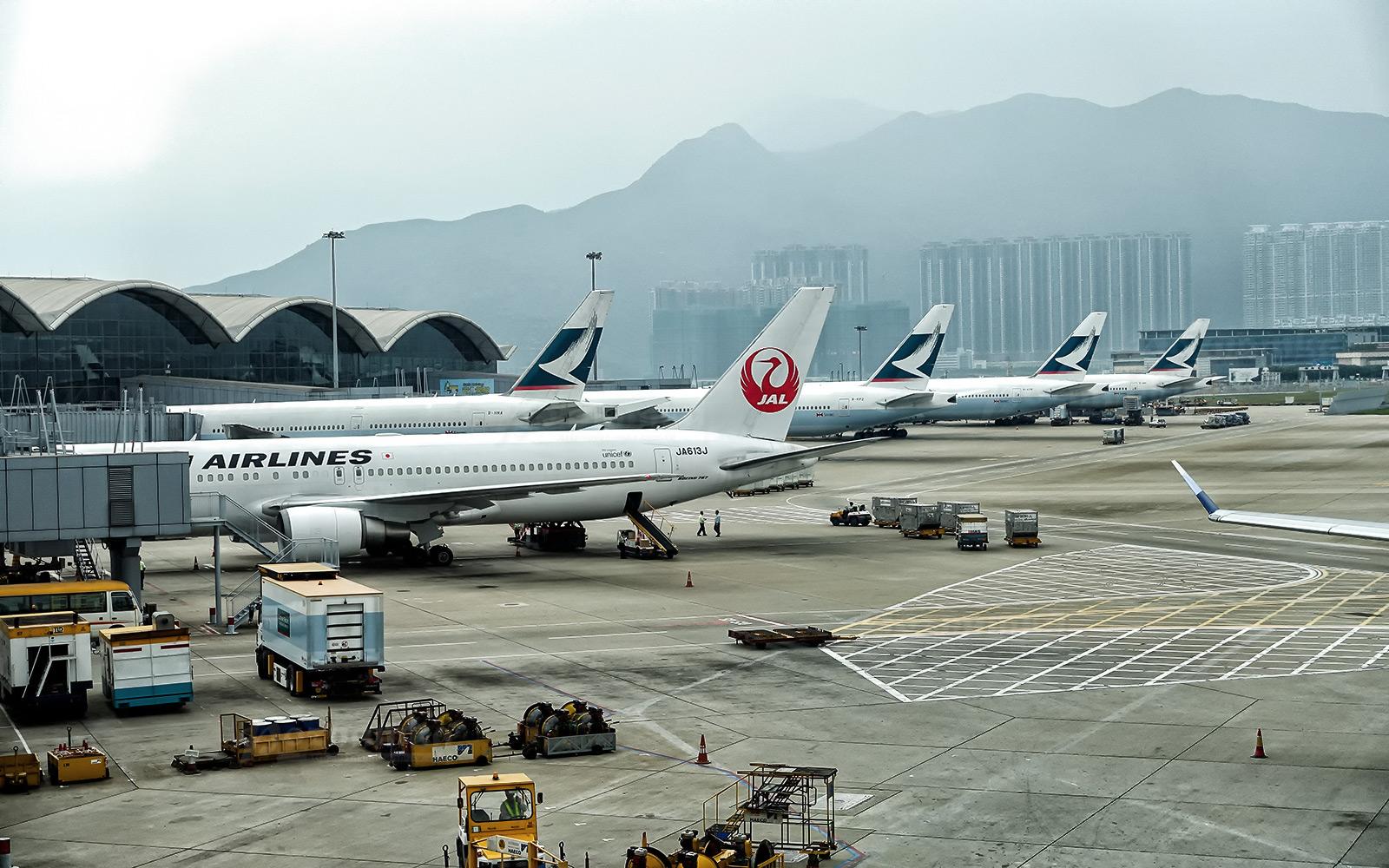Куда можно пожаловаться на авиакомпанию и какими основаниями для этого нужно обладать пассажиру