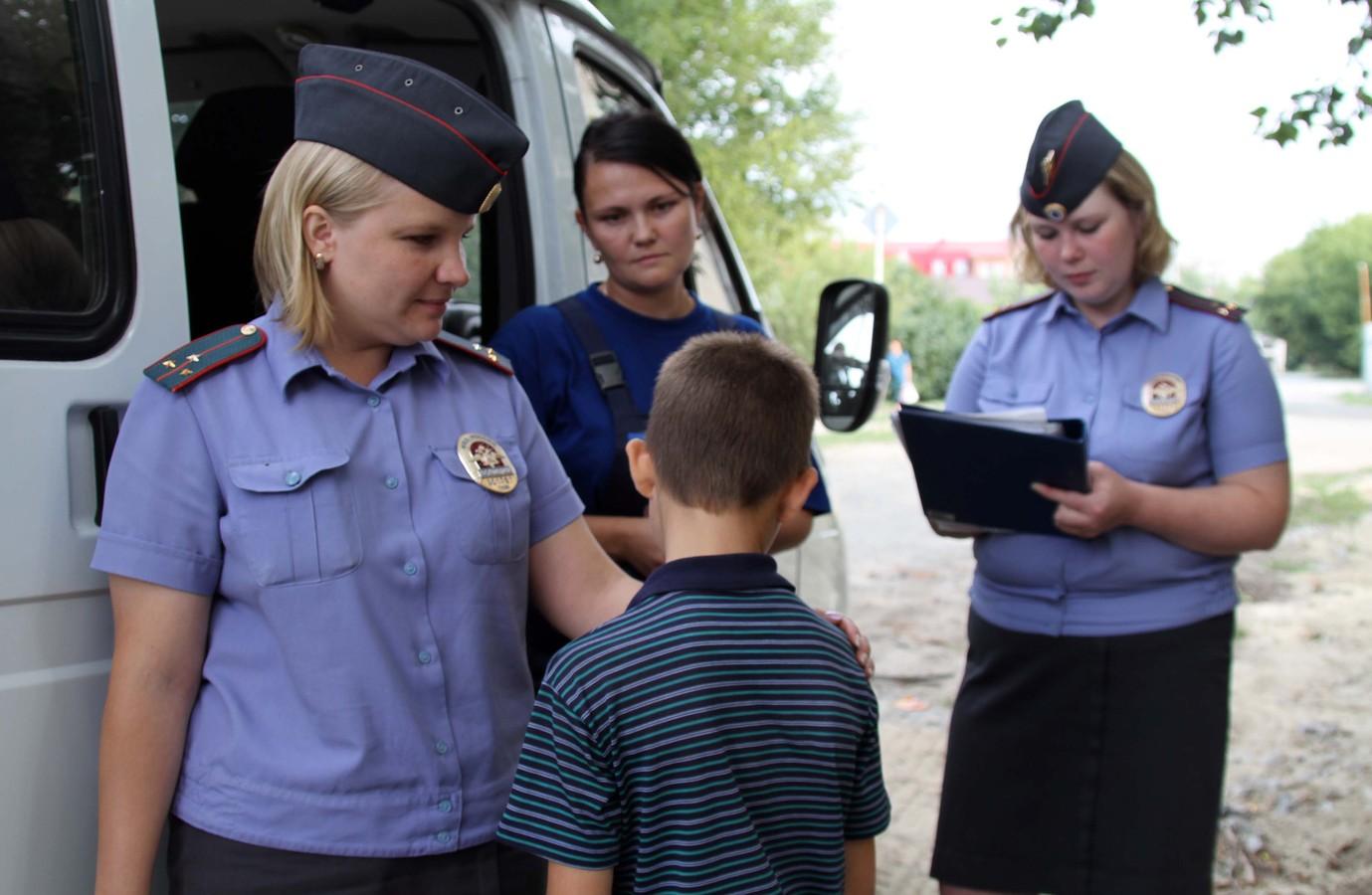 Чем грозит постановка на учет в комиссии по делам несовершеннолетних – меры воздействия на родителей детей и административное наказание от КДН